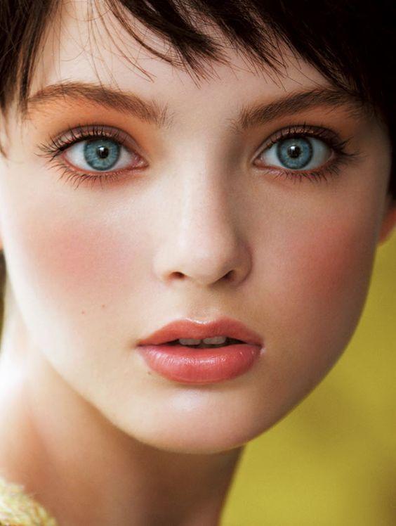 肌がワントーンup!カミソリでの正しい顔の産毛の剃り方はこれ!のサムネイル画像