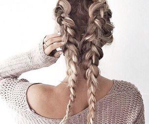 女性でも背中に毛、生えるんです?!背中美人になる準備はOK?のサムネイル画像