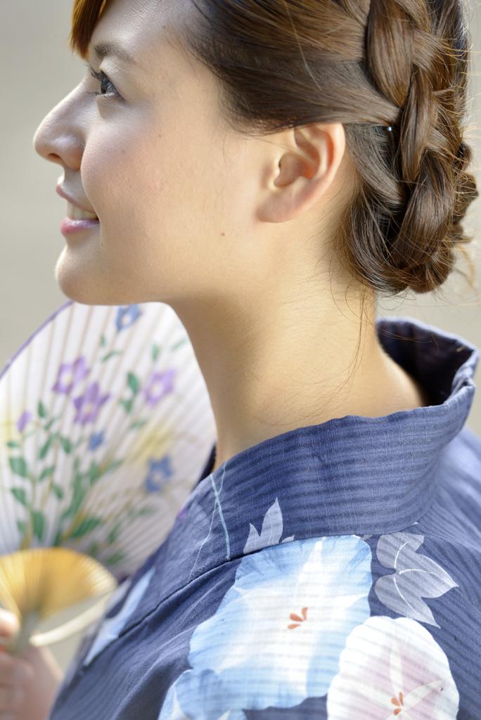 実は見られてたかも!?首筋(うなじ)のムダ毛処理方法についてのサムネイル画像
