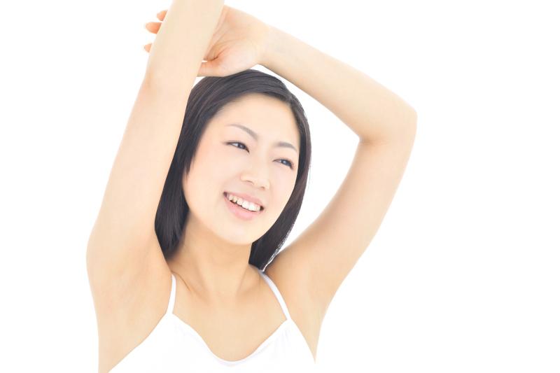 【全身すべすべお肌に!】新宿駅西口で人気の脱毛サロンについてのサムネイル画像