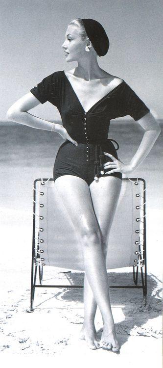 綺麗な肌を保つ為に。肌に優しいムダ毛の自己処理法を知りましょう!のサムネイル画像