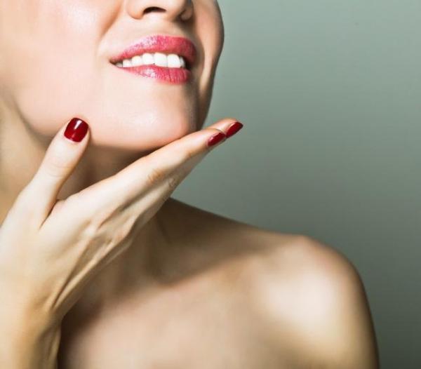 産毛ケアでお肌の印象が180度変わる。気になるケア方法をご紹介!のサムネイル画像