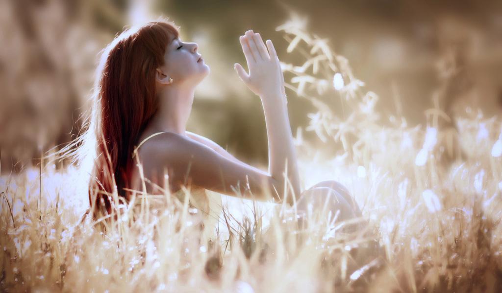 生えていたら恥ずかしい女性の胸毛、シェーバーで綺麗に処理できる?のサムネイル画像