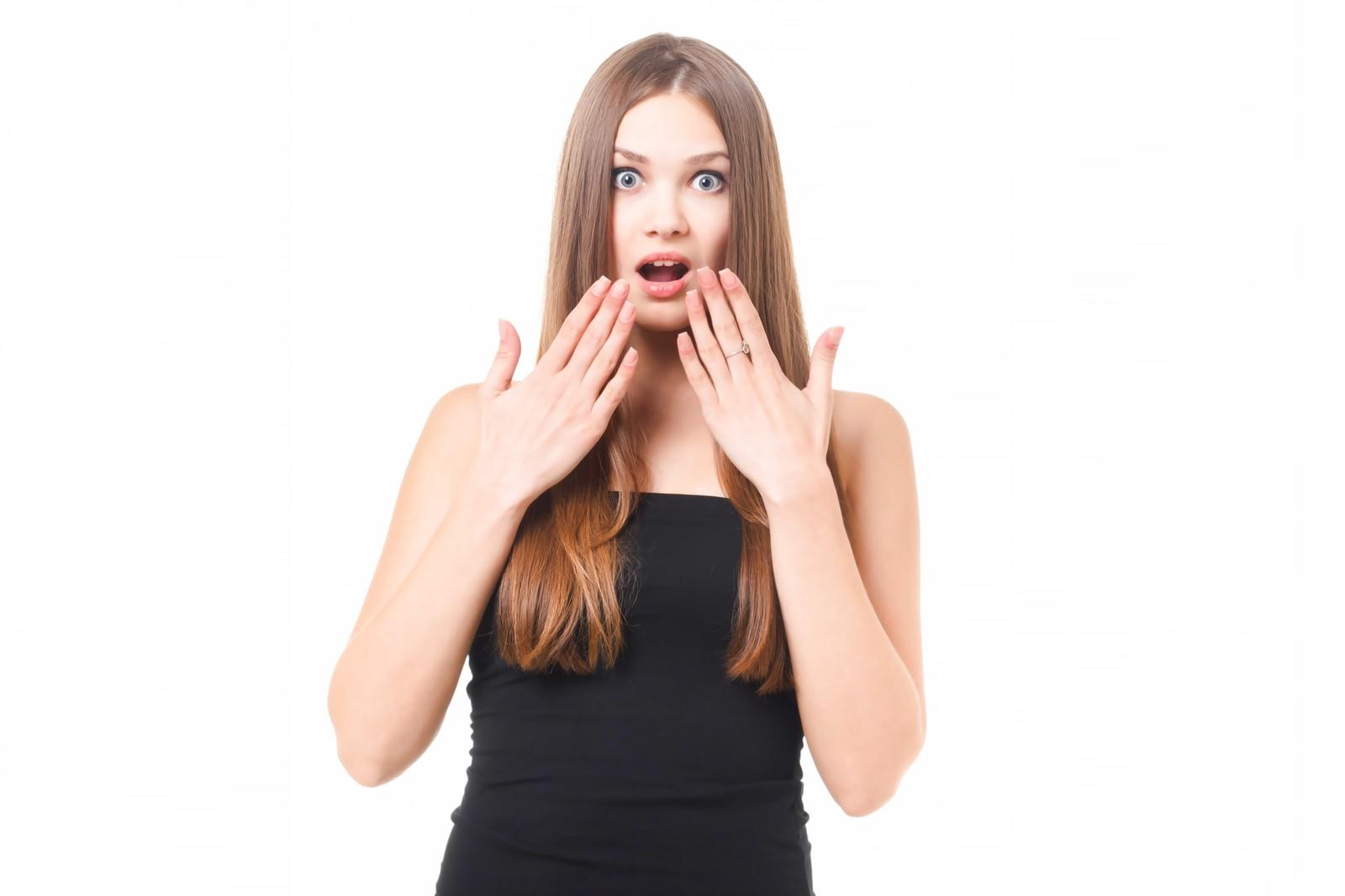 思わぬ落とし穴?毛抜きでムダ毛処理をするのは危険がいっぱい!のサムネイル画像