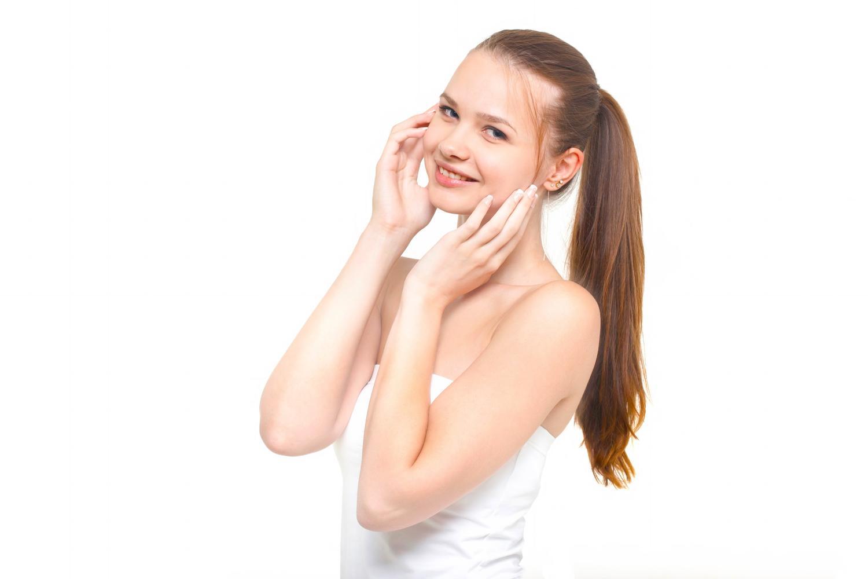 顔のムダ毛処理、肌を傷つけない処理方法はどれ?処理方法4選のサムネイル画像