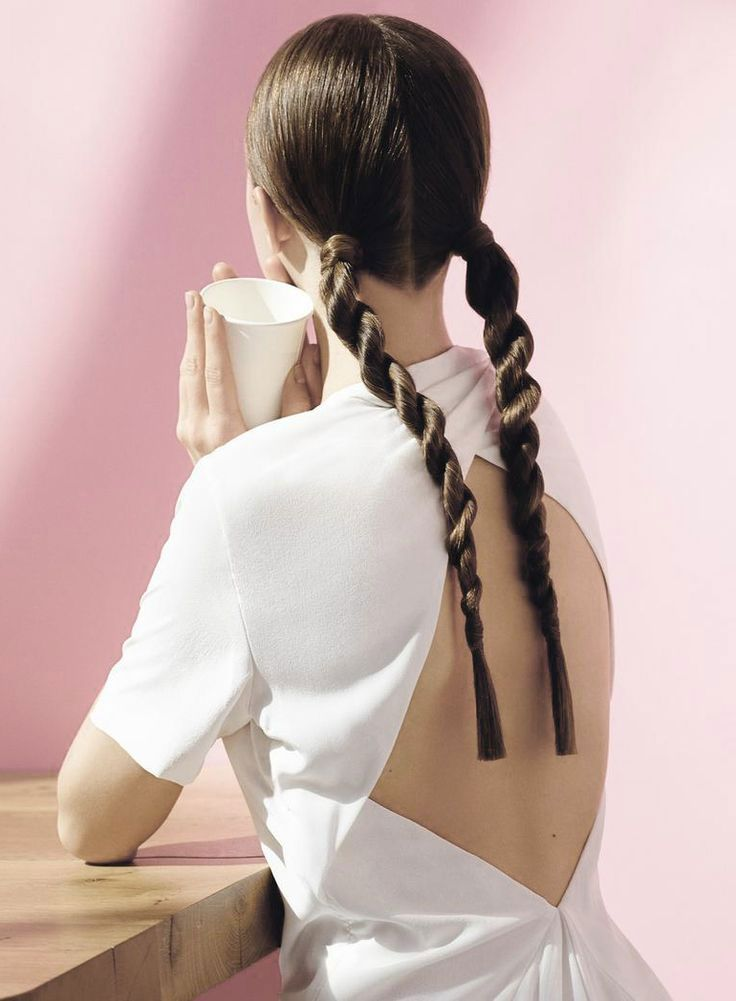 背中の産毛どうやって処理すべき?処理方法とおすすめ商品ご紹介♡のサムネイル画像