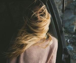冬だけど大事!においを軽減するための脇毛の処理方法をご紹介のサムネイル画像