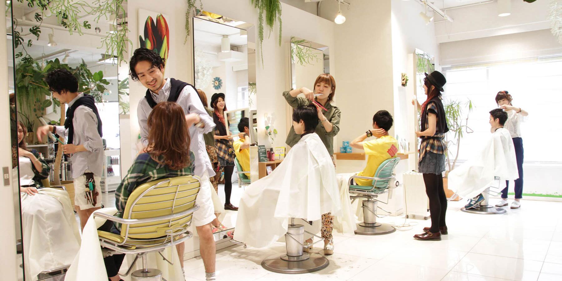 もう失敗したくない!思い通りの髪型になる美容院での頼み方のサムネイル画像