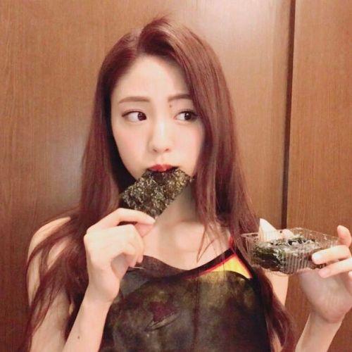 ちゃんと噛んでる?「よく噛んで!」には嬉しい美容効果がぎっしり♡のサムネイル画像