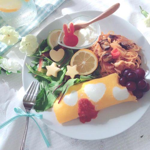 食べ方に気を付ければ太らない! 【遅い時間の食事】の正しい取り方♡のサムネイル画像