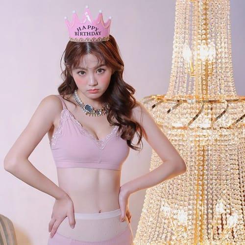 韓国の最新美容トレンド!【お腹に貼るだけで脂肪が燃える】パッチがすごいのサムネイル画像