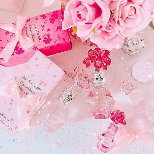 幸せの香りが漂う♡【JILL STUARTの新作香水】をチェックのサムネイル画像